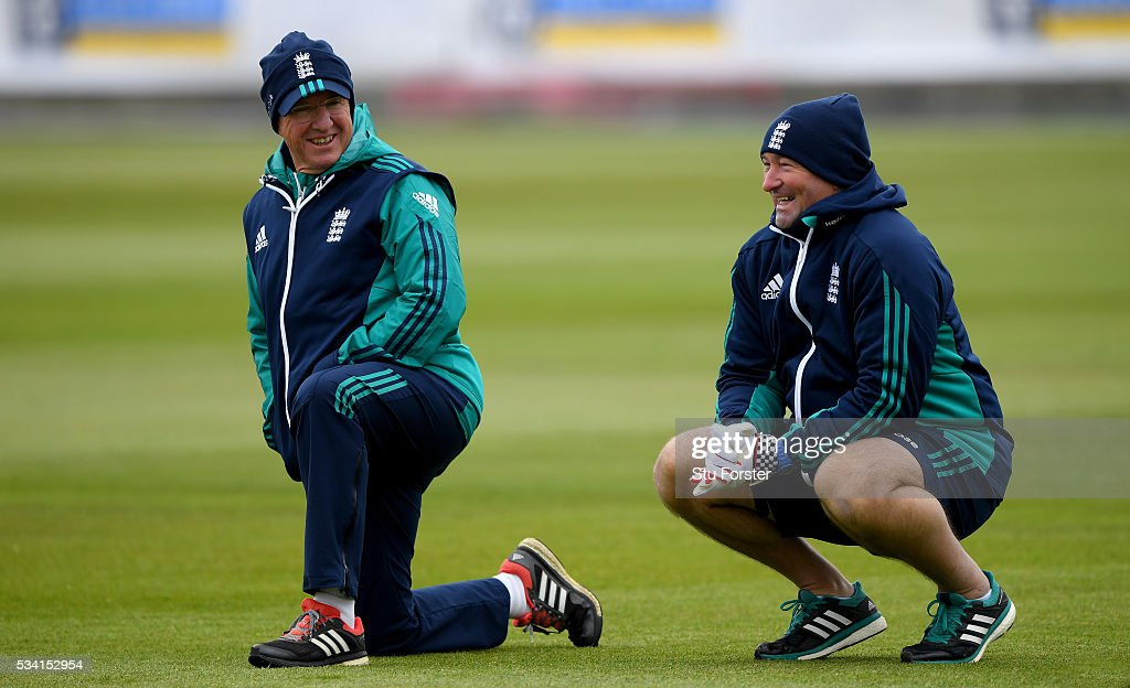 England coaches <a gi-track='captionPersonalityLinkClicked' href=/galleries/search?phrase=Trevor+Bayliss+-+Treinador+de+cr%C3%ADquete&family=editorial&specificpeople=14620221 ng-click='$event.stopPropagation()'>Trevor Bayliss</a> (l) and <a gi-track='captionPersonalityLinkClicked' href=/galleries/search?phrase=Paul+Farbrace&family=editorial&specificpeople=3595939 ng-click='$event.stopPropagation()'>Paul Farbrace</a> share a joke during England Nets session ahead of the 2nd Investec Test match between England and Sri Lanka at Emirates Durham ICG on May 25, 2016 in Chester-le-Street, United Kingdom.