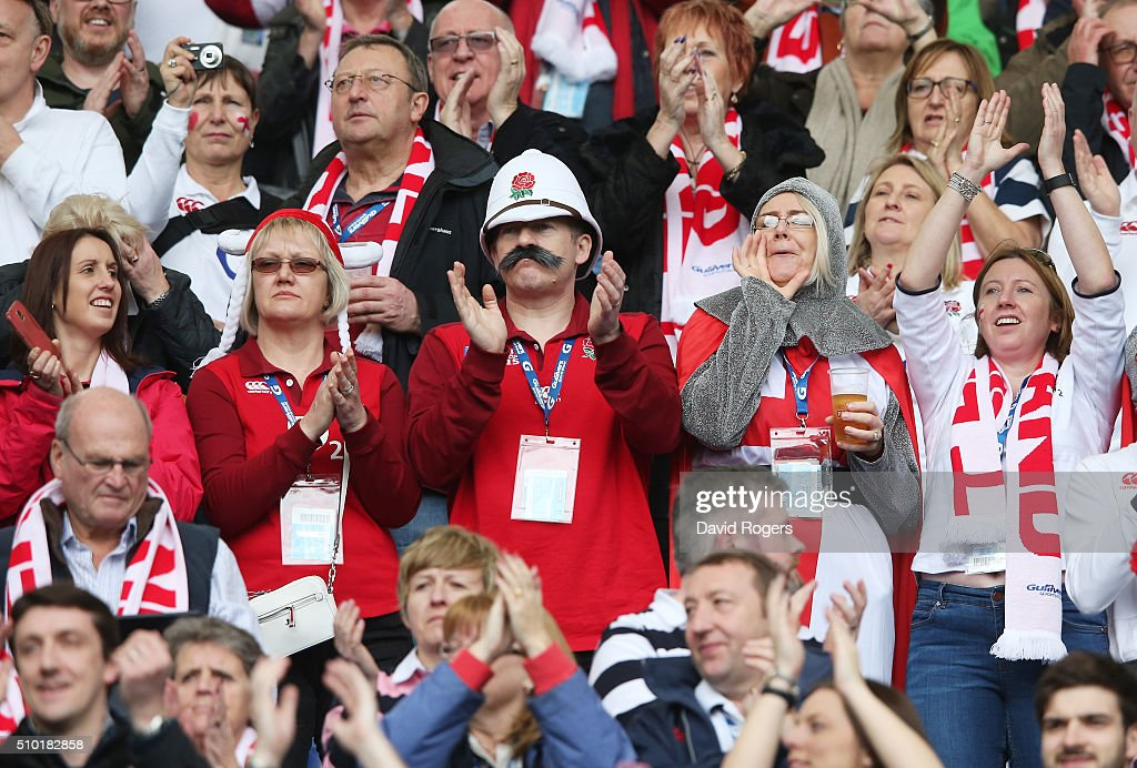 England fans enjoy the atmosphere during the RBS Six Nations match between Italy and England at the Stadio Olimpico on February 14, 2016 in Rome, Italy.