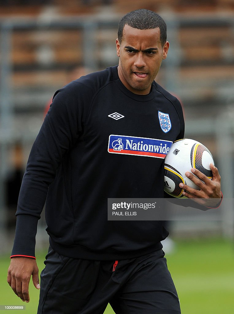 England footballer Tom Huddlestone attends a training session of the English national football team in Irdning, Austria on May 19, 2010 ahead of the World Cup Finals in South Africa. The English football team arrived in Austria on May 17 for a training camp at altitude ahead of the World Cup.