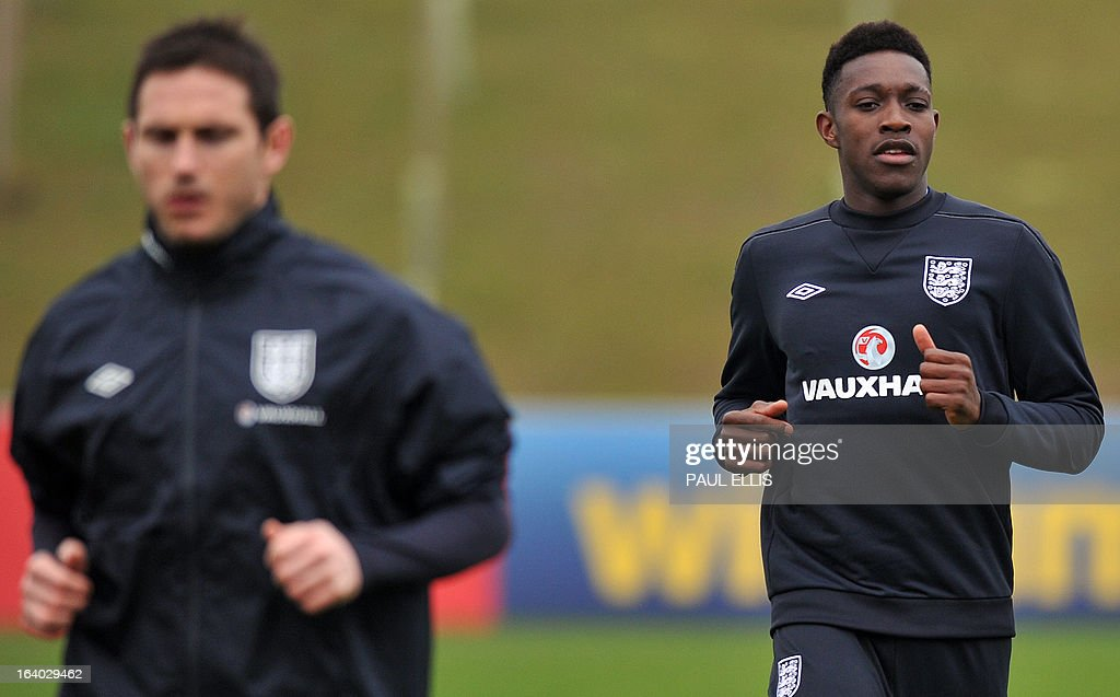 England footballers Danny Welbeck (R) and Frank Lampard (L) take part in a training session at the St George's Park training complex, near Burton-upon-Trent, central England on March 19, 2013 ahead of their 2014 World Cup qualifier football match against San Marino on March 22.