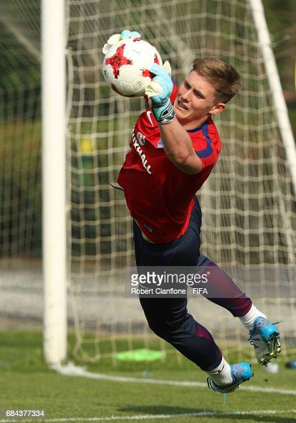 England goalkeeper Dean Henderson dives for the ball during an England training session at the Jeonbuk FC Training Field ahead of the FIFA U20 World...