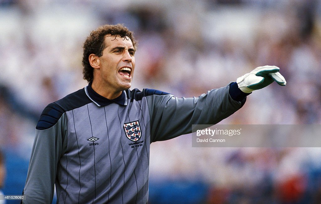 England goalkeeper <a gi-track='captionPersonalityLinkClicked' href=/galleries/search?phrase=Peter+Shilton&family=editorial&specificpeople=233478 ng-click='$event.stopPropagation()'>Peter Shilton</a> in action during the FIFA 1986 World Cup match between Portugal and England on June 3, 1986 in Monterrey, Mexico.