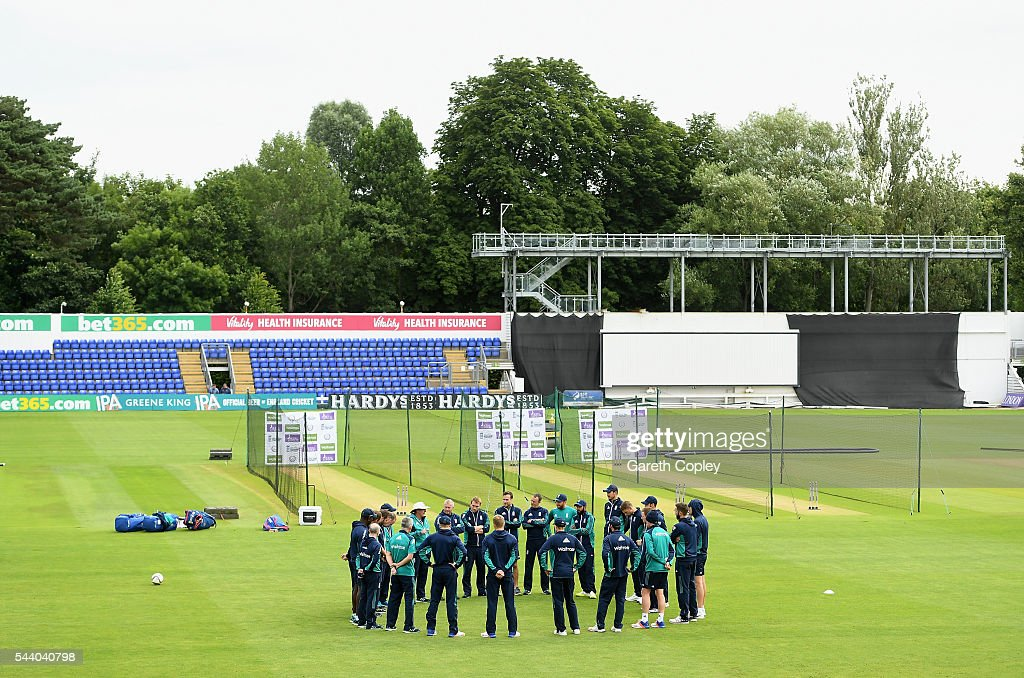 England huddle ahead of a nets session at SWALEC Stadium on July 1, 2016 in Cardiff, England.