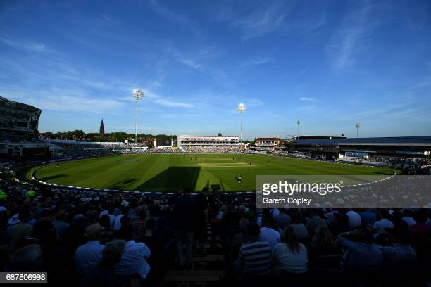 England in the field during the 1st Royal London ODI match between England and South Africa at Headingley on May 24 2017 in Leeds England