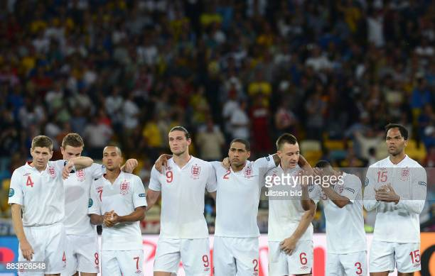 FUSSBALL EUROPAMEISTERSCHAFT England Italien Steven Gerrard Jordan Henderson Theo Walcott Andy Carroll Glen Johnson John Terry Ashley Cole Joleon...