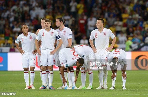 FUSSBALL EUROPAMEISTERSCHAFT England Italien Theo Walcott Steven Gerrard Glen Johnson Wayne Rooney John Terry Ashley Cole