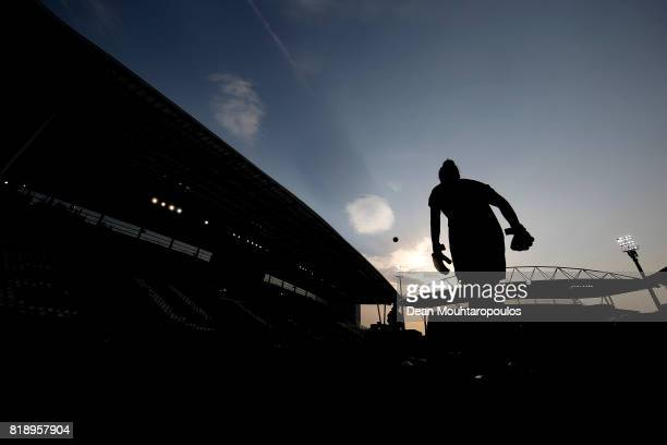 England keeper Karen Bardsley warms up during the UEFA Women's Euro 2017 Group D match between England and Scotland at Stadion Galgenwaard on July 19...