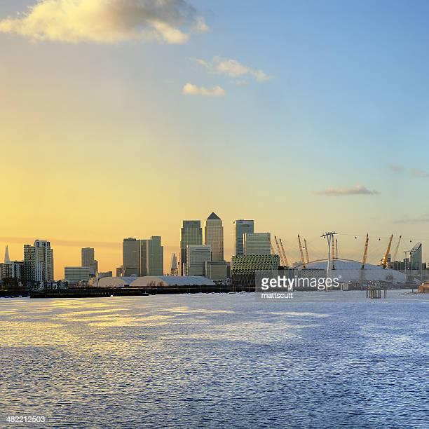 UK, England, London, Canary Wharf, Skyline at sunrise