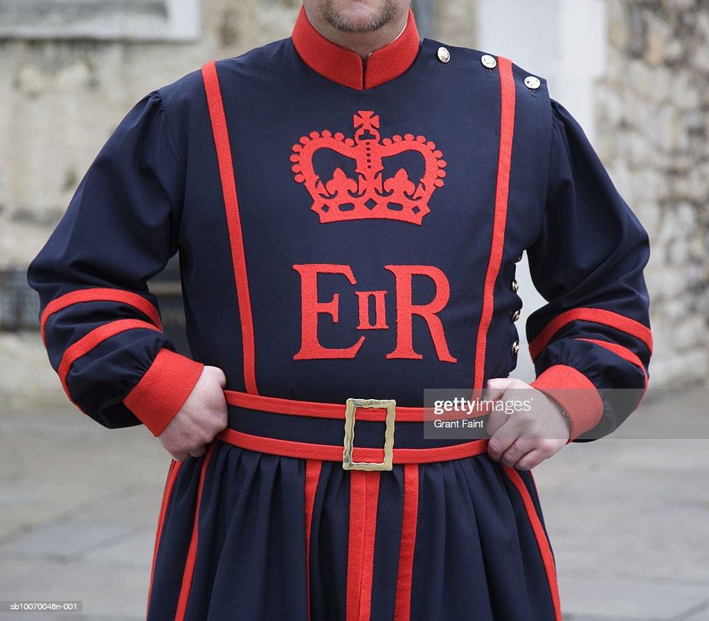 UK, England, London, Tower of London guard in uniform : Stock Photo
