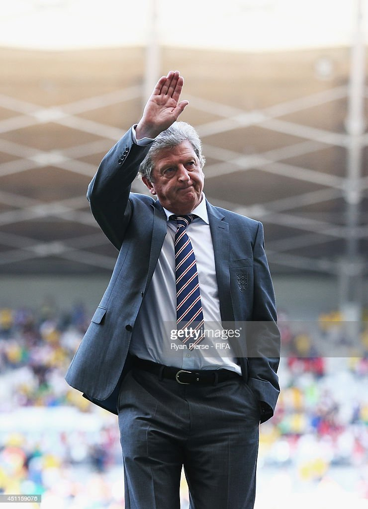 England manager <a gi-track='captionPersonalityLinkClicked' href=/galleries/search?phrase=Roy+Hodgson&family=editorial&specificpeople=881703 ng-click='$event.stopPropagation()'>Roy Hodgson</a> acknowledges the fans after a 0-0 draw during the 2014 FIFA World Cup Brazil Group D match between Costa Rica and England at Estadio Mineirao on June 24, 2014 in Belo Horizonte, Brazil.