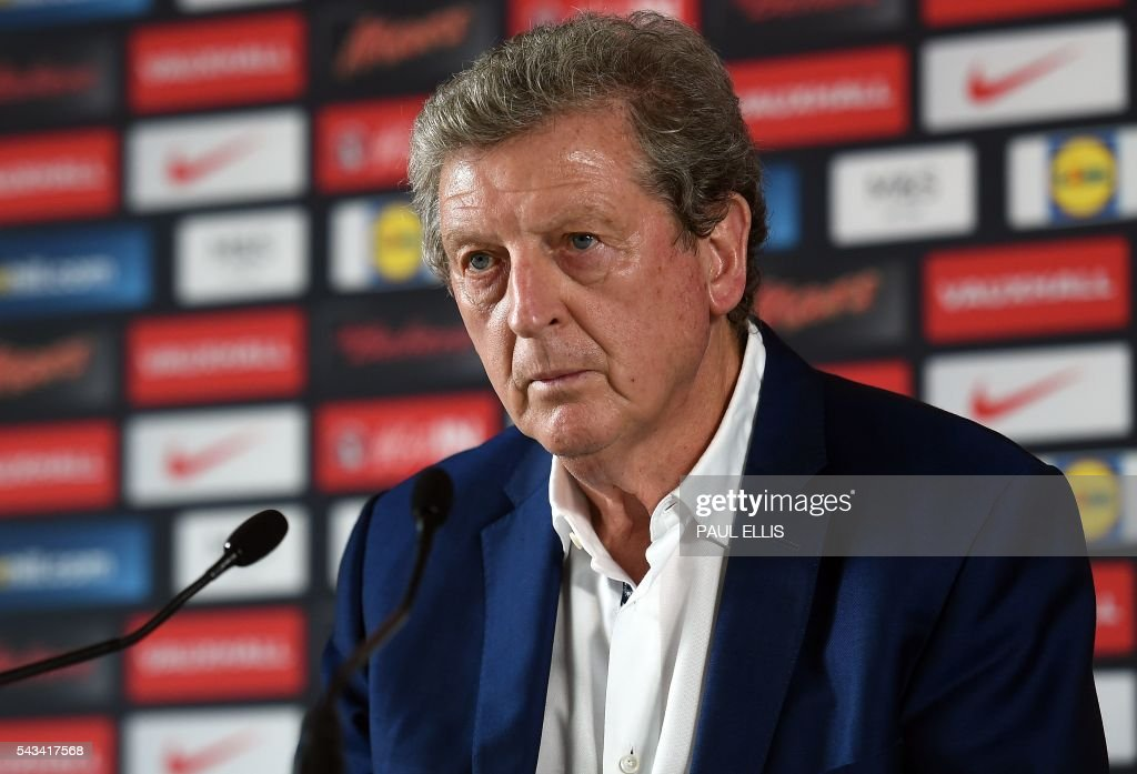 England manager Roy Hodgson addresses a press conference in Chantilly, northern France, on June 28, 2016, after his resignation following the team's 2-1 defeat to Iceland during the Euro 2016 football tournament. / AFP / PAUL