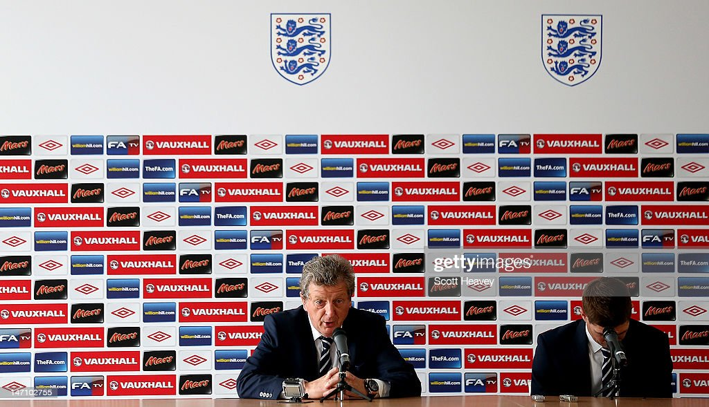 England manager Roy Hodgson (L) and captain Steven Gerrard during a UEFA EURO 2012 press conference on June 25, 2012 in Krakow, Poland.