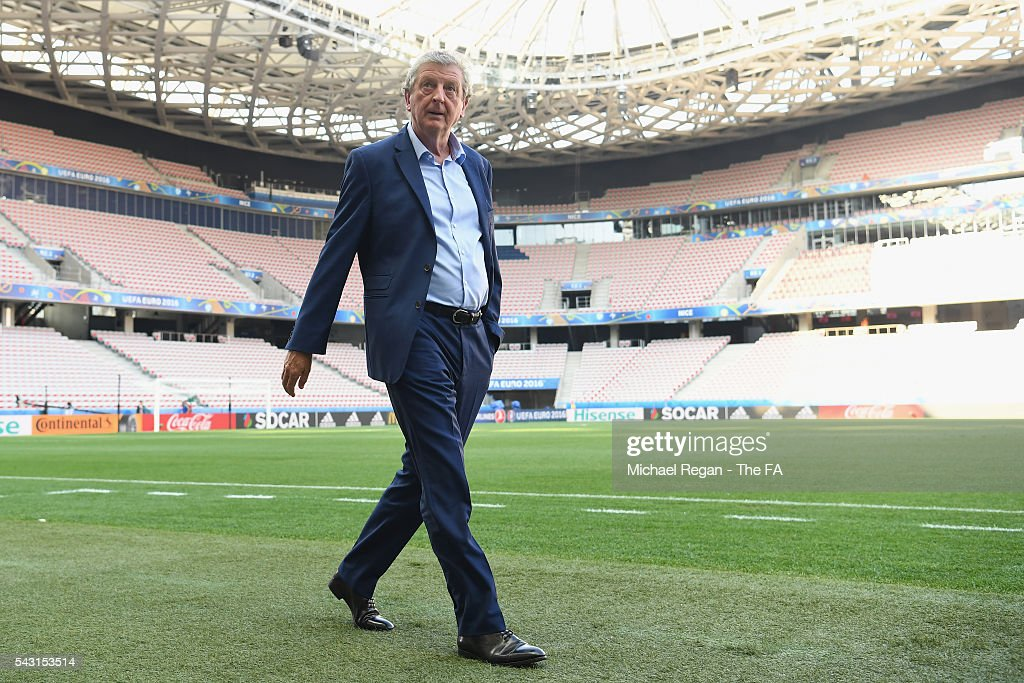 England manager <a gi-track='captionPersonalityLinkClicked' href=/galleries/search?phrase=Roy+Hodgson&family=editorial&specificpeople=881703 ng-click='$event.stopPropagation()'>Roy Hodgson</a> looks on as the England team inspect the pitch at the Allianz Riviera Stadium on June 26, 2016 in Nice, France.