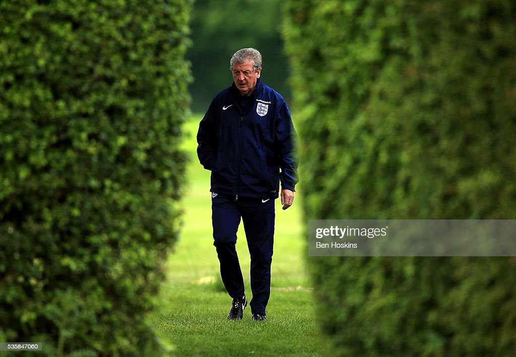 England manager <a gi-track='captionPersonalityLinkClicked' href=/galleries/search?phrase=Roy+Hodgson&family=editorial&specificpeople=881703 ng-click='$event.stopPropagation()'>Roy Hodgson</a> looks on during an England training session on May 30, 2016 in London, England.