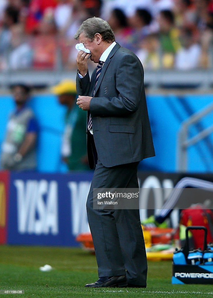 England manager <a gi-track='captionPersonalityLinkClicked' href=/galleries/search?phrase=Roy+Hodgson&family=editorial&specificpeople=881703 ng-click='$event.stopPropagation()'>Roy Hodgson</a> reacts during the 2014 FIFA World Cup Brazil Group D match between Costa Rica and England at Estadio Mineirao on June 24, 2014 in Belo Horizonte, Brazil.