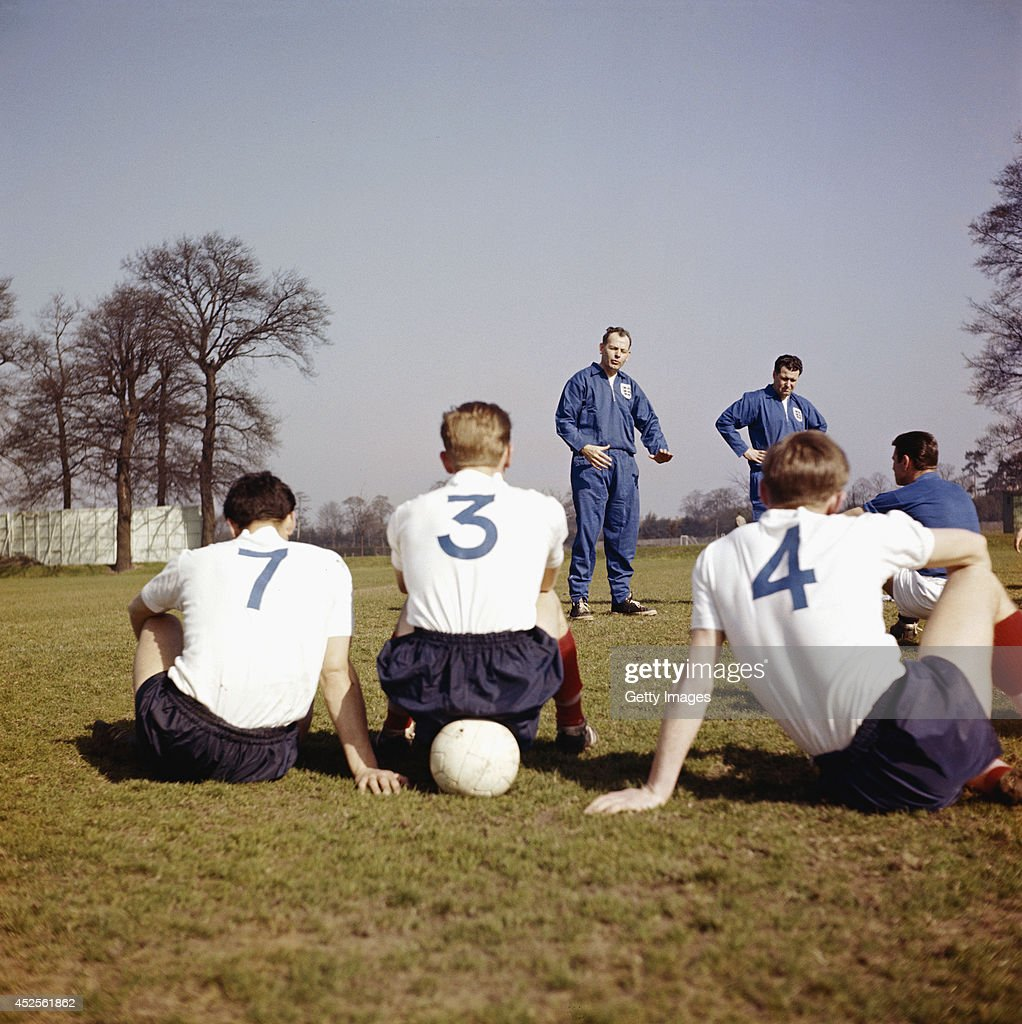 England manager Sir <a gi-track='captionPersonalityLinkClicked' href=/galleries/search?phrase=Walter+Winterbottom&family=editorial&specificpeople=831115 ng-click='$event.stopPropagation()'>Walter Winterbottom</a> (c) takes a coaching session in 1961. Winterbottom was England manager from 1946-1962.