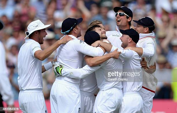 England players celebrate after Mark Wood of England takes the final wicket to win the 4th Investec Ashes Test match between England and Australia at...