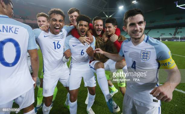 England players celebrate victory over Italy during the FIFA U20 World Cup Korea Republic 2017 Semi Final match between Italy and England at Jeonju...