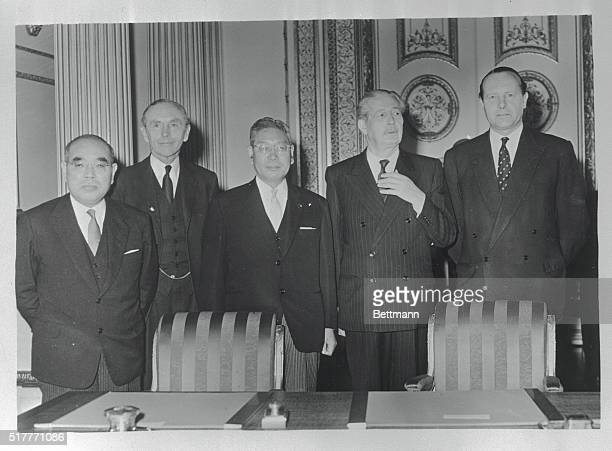 Signing Of AngloJapanese Treaty The Prime Minister of Japan Hayato Ikeda and the British Prime Minister Harold Macmillian were present at the signing...