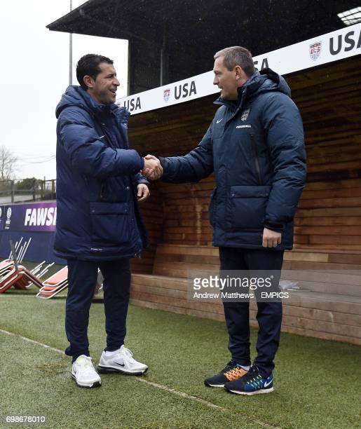 England u20 head coach Aidy Boothroyd chats with USA u20 head coach Tab Ramos before kick off