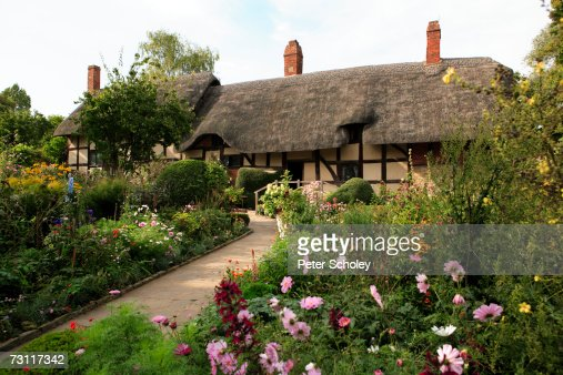 England, Warwickshire, Stratford-upon-Avon, Shottery, Anne Hathaway's cottage and garden