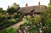 England, Warwickshire, Stratford-upon-Avon, Shottery, Anne Hathaway's cottage and garden