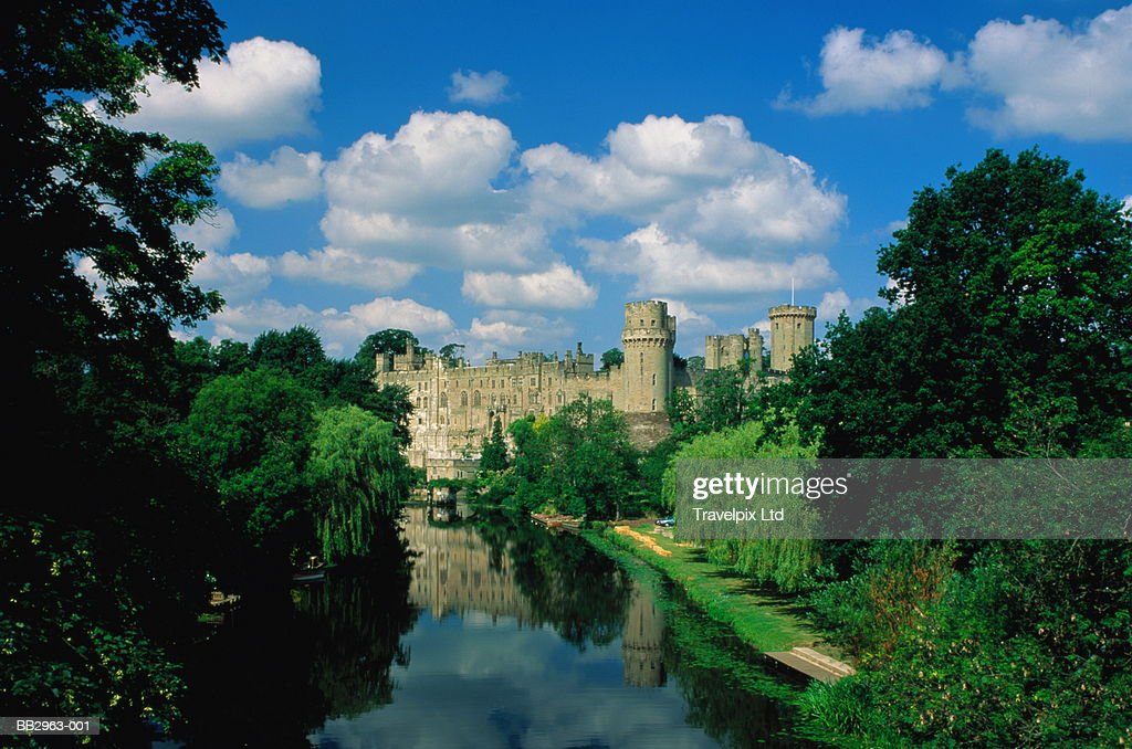 England, Warwickshire, Warwick Castle and River Avon : Stock Photo
