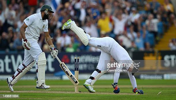 England wicketkeeper Matt Prior runs out Hashim Amla of South Africa during day one of the 2nd Investec Test match between England and South Africa...