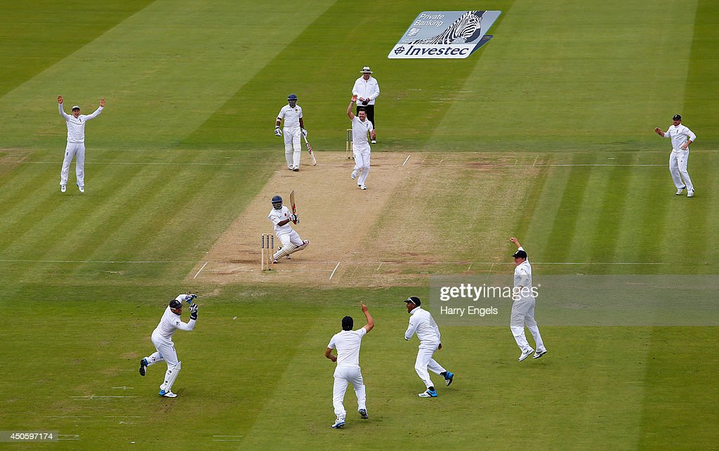 England wicketkeeper <a gi-track='captionPersonalityLinkClicked' href=/galleries/search?phrase=Matt+Prior+-+Cricket+Player&family=editorial&specificpeople=13652111 ng-click='$event.stopPropagation()'>Matt Prior</a> takes a catch to dismiss Kaushal Silva of Sri Lanka off the bowling of <a gi-track='captionPersonalityLinkClicked' href=/galleries/search?phrase=James+Anderson+-+Cricket+Player&family=editorial&specificpeople=6920305 ng-click='$event.stopPropagation()'>James Anderson</a> during day three of the 1st Investec Test match between England and Sri Lanka at Lord's Cricket Ground on June 14, 2014 in London, England.