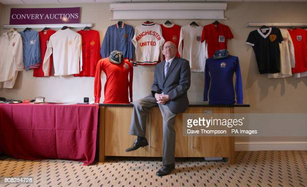 England World Cup winner Nobby Stiles during a photocall at the Premier Inn Hotel in Old Trafford Manchester