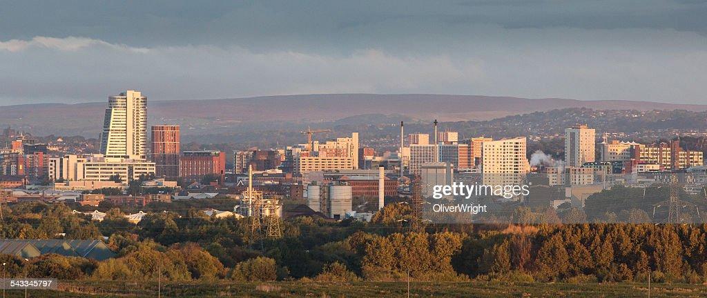 UK, England, Yorkshire, Leeds, City at sunrise