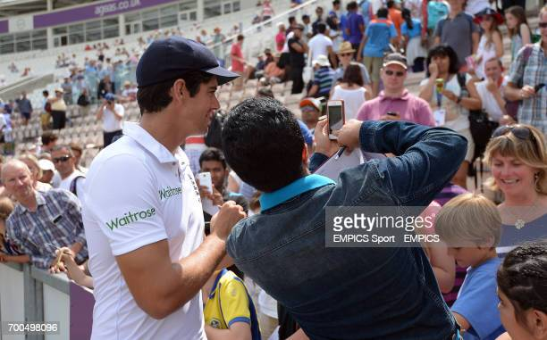 England's Alastair Cook poses for a selfie