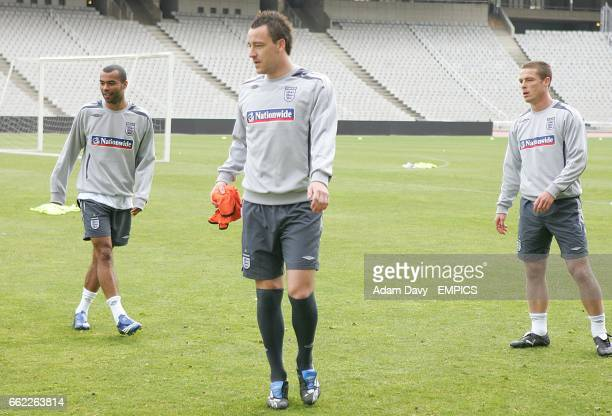 England's Ashley Cole John Terry and Scott parker during training
