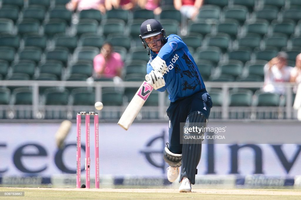 England's batsman Jason Roy plays a shout during the fourth One Day International match between England and South Africa at Wanderers on February 12, 2016 in Johannesburg. / AFP / GIANLUIGI GUERCIA