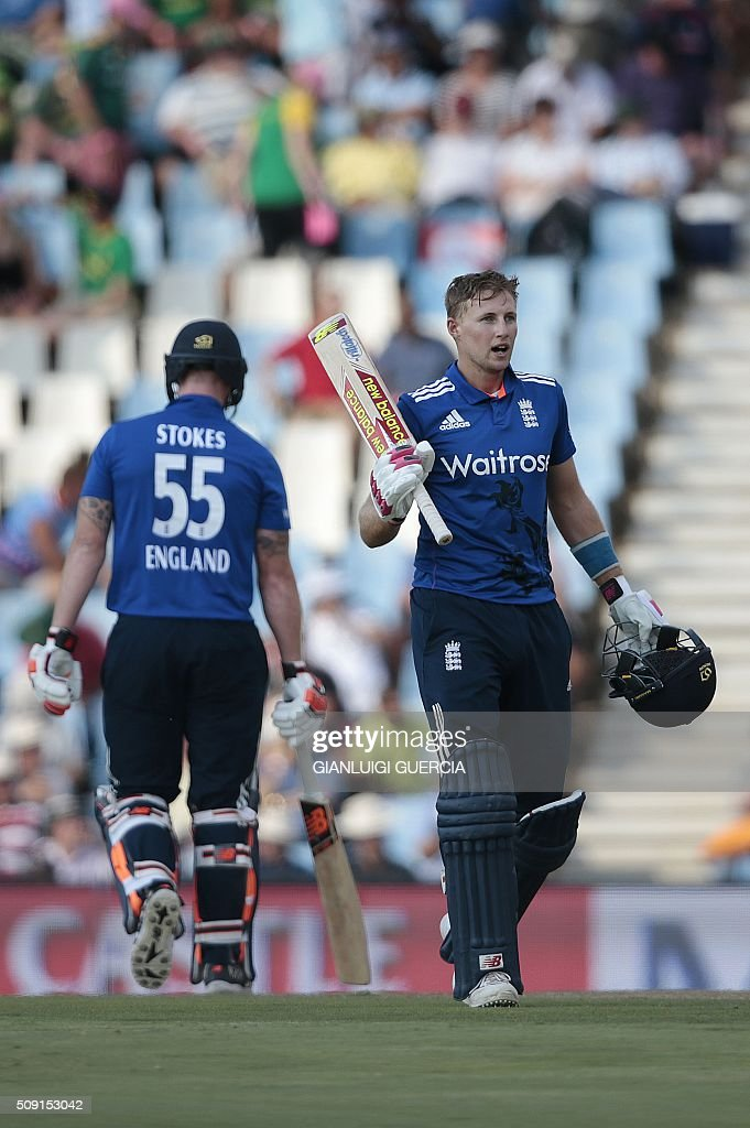 England's batsman Joe Root (R) celebrates after scoring a century (100 runs) during the third One Day International match between England and South Africa at Supersport park on February 9, 2016 in Centurion, South Africa. / AFP / GIANLUIGI GUERCIA