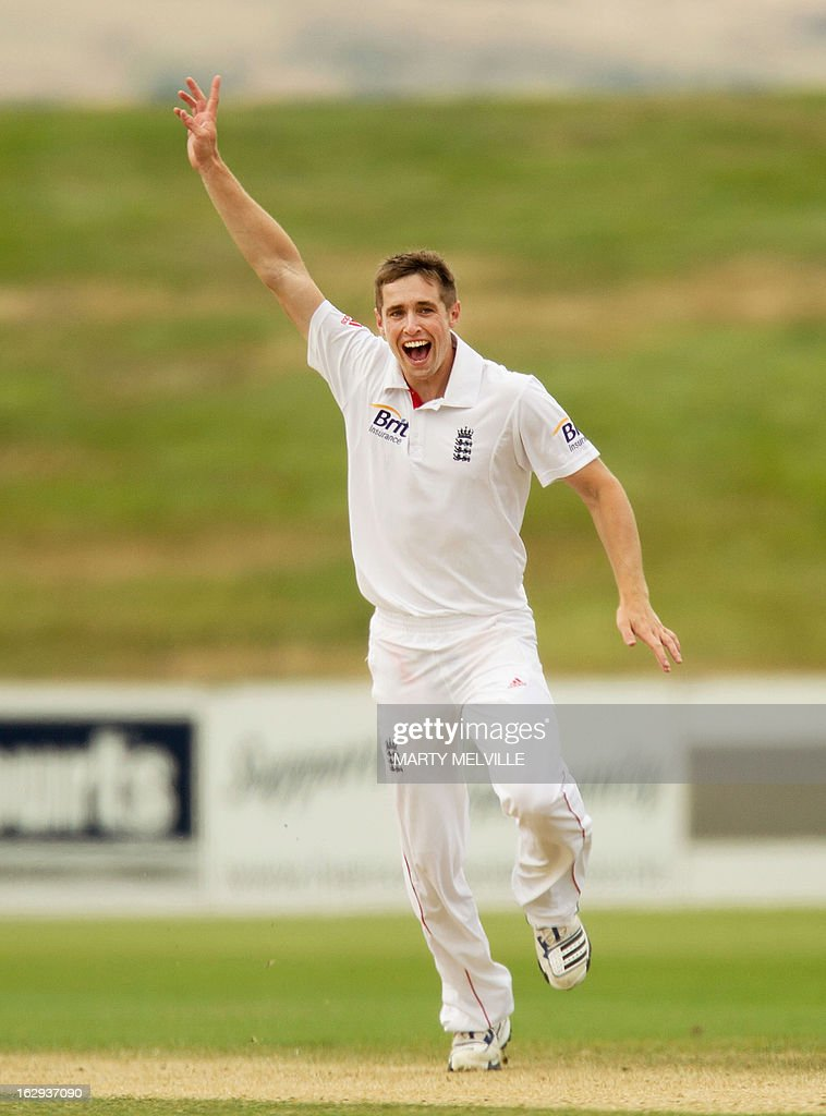 England's bowler Chris Woakes appeals during day four of the four day warm-up international cricket match between New Zealand XI and England in Queenstown on March 2, 2013. AFP PHOTO / Marty MELVILLE