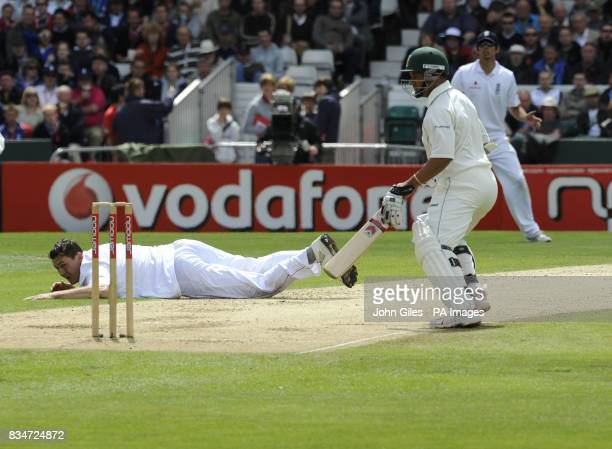 England's Darren Pattinson is left stranded as South Africa's Ashwell Prince adds to the runs during the Second npower Test match at Headingley...