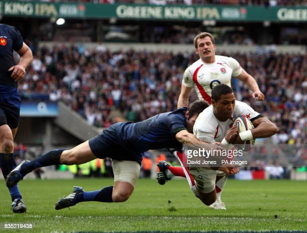 England's Delon Armitage scores England's third try during the RBS 6 Nations match at Twickenham London