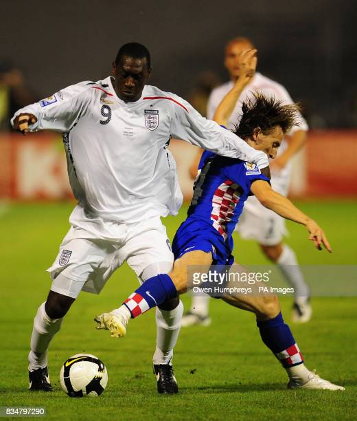 England's Emile Heskey and Croatia's Luka Modric battle for the ball during the World Cup Qualifying Group Six match at the Stadion Maksimirl Zagreb...