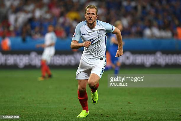England's forward Harry Kane runs during Euro 2016 round of 16 football match between England and Iceland at the Allianz Riviera stadium in Nice on...