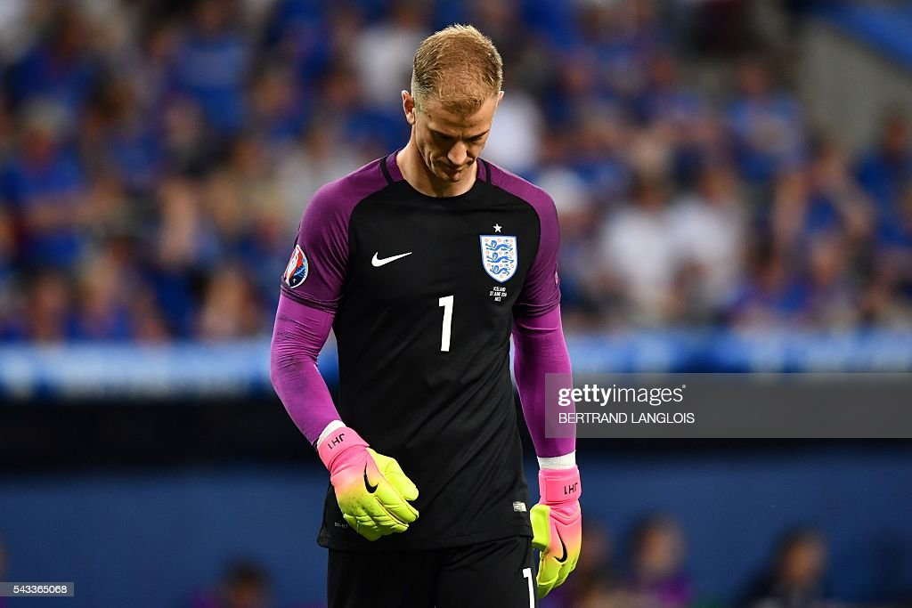 England's goalkeeper Joe Hart reacts during the Euro 2016 round of 16 football match between England and Iceland at the Allianz Riviera stadium in Nice on June 27, 2016. / AFP / BERTRAND