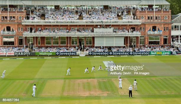England's James Anderson celebrates taking the wicket of India's Virat Kohli during day one of the second test at Lord's Cricket Ground London