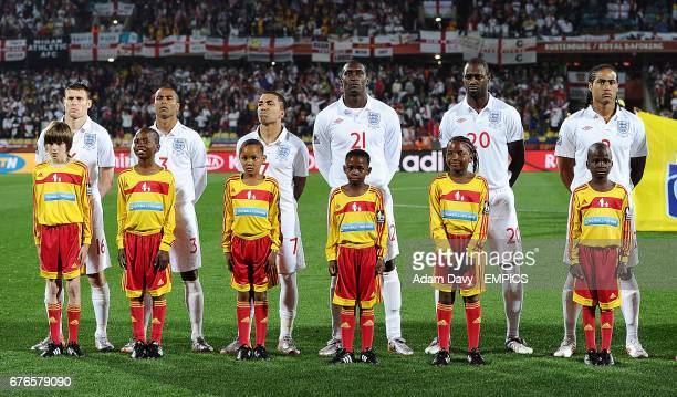 ¿Cuánto mide Aaron Lennon? - Real height Englands-james-milner-ashley-cole-aaron-lennon-emile-heskey-ledley-picture-id676579090?s=612x612