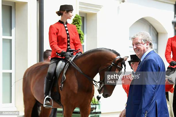 England's manager Roy Hodgson arrives at the team hotel in Chantilly on June 06 ahead of the Euro 2016 football tournament / AFP / PAUL ELLIS