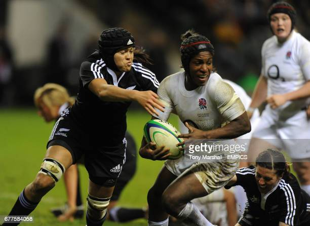 England's Margaret Alphonsi and New Zealand's Kelly Brazier