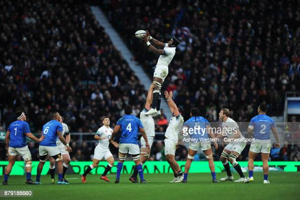 England's Maro Itoje claims the lineout during the 2017 Old Mutual Wealth Series Autumn International match between England and Samoa at Twickenham...