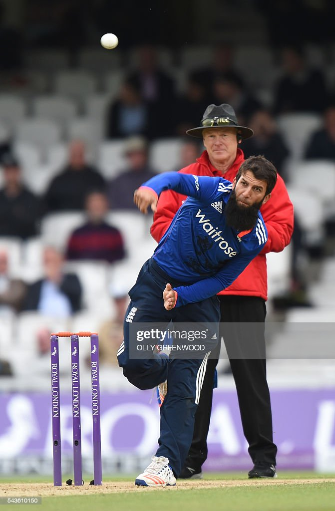 England's Moeen Ali bowls during play in the fourth One Day International (ODI) cricket match between England and Sri Lanka at The Oval cricket ground in London on June 29, 2016. England captain Eoin Morgan elected to field after winning the toss in the fourth one-day international against Sri Lanka at The Oval on Wednesday. ECB