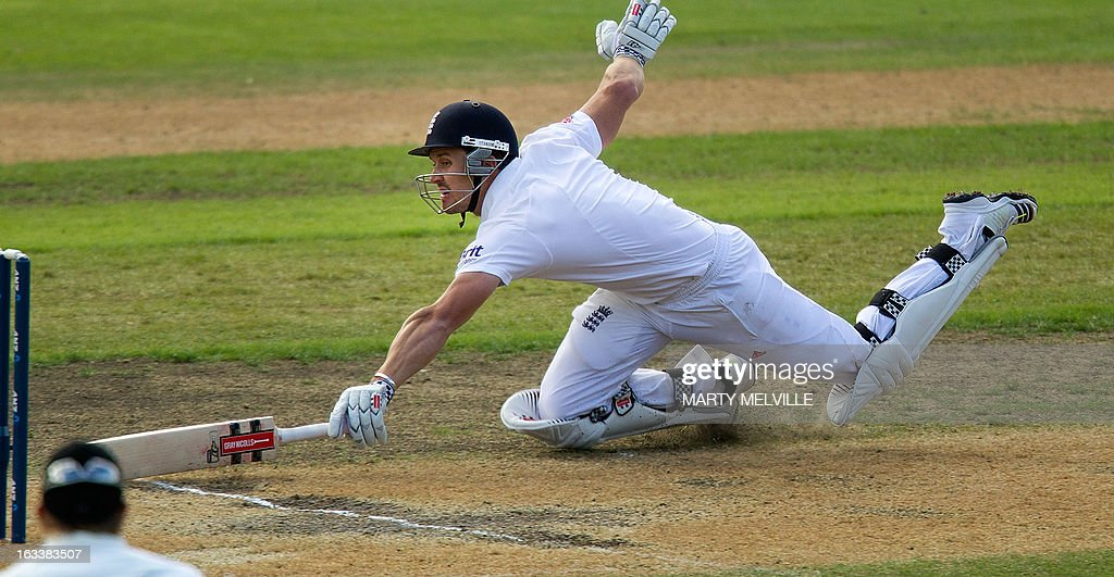 England's Nick Compton runs in to safety during day four of the first international cricket Test match between New Zealand and England played at the University Oval park in Dunedin on March 9, 2013. AFP PHOTO / Marty MELVILLE