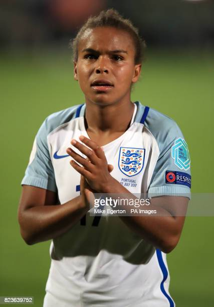 England's Nikita Parris applauds the fans after the final whistle of the UEFA Women's Euro 2017 Group D match at the Koning Willem II Stadion Tilburg