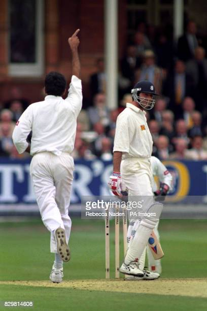 England's Ronnie Irani out for one after being bowled by India's Venkatesh Prasad in the second test match at Lords